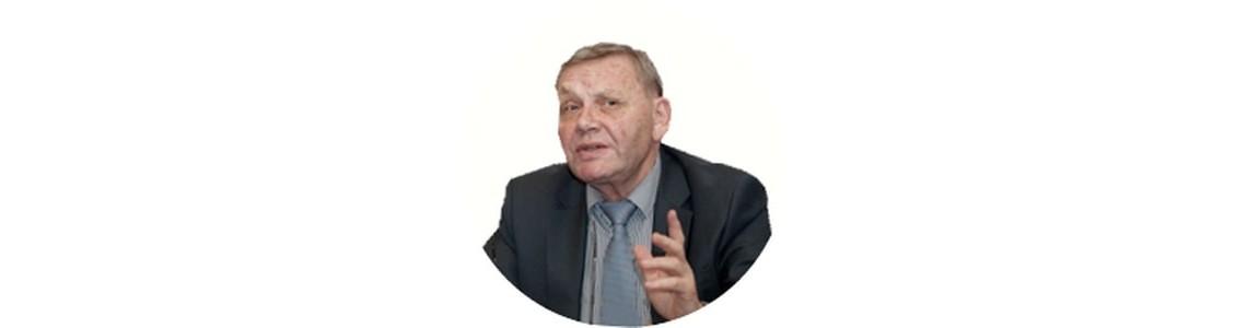 Доктор биологических наук, изобретатель, профессор Синявский Ю.А